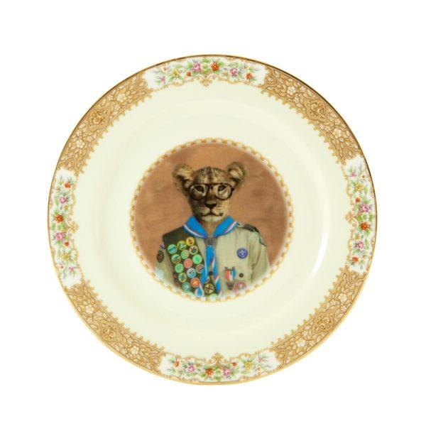 Scott the Scout Cub Plate