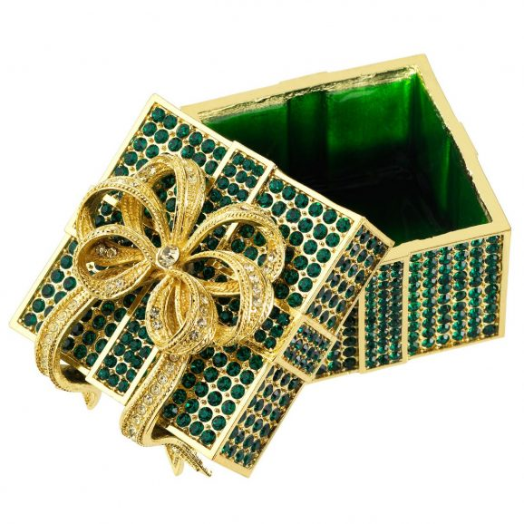 Olivia Riegel Emerald Pavé Box Open
